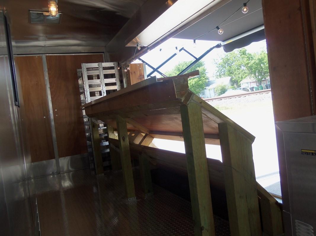 Tomanto Truck Interior